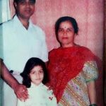 Monica Khanna (Childhood) with her parents