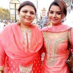 Shilpa Raizada with her sister Suman