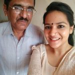 Ayesha Kaduskar with father