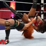 Becky Lynch Pumphandle Side Slam finisher