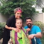 Hadiqa Kiani With Her Mother And Brother