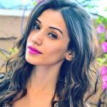 Heli Daruwala (Actress) Height, Weight, Age, Boyfriend, Biography & More