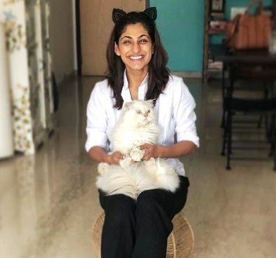 Kubbra Sait, A Cat Lover