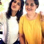 Kubra Sait with her mother