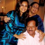 Manasi Joshi Roy with her parents