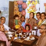 Mouli Ganguly childhood picture with her family