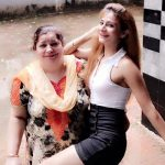 Neetu Wadhwa mother
