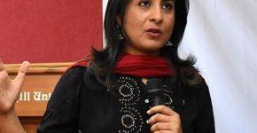 News Anchor Sumaira Khan