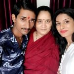 Poonam Dubey with her mother and brother Prahlad Gautam