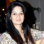Resham Tipnis (Actress) Height, Weight, Age, Husband, Family, Biography & More