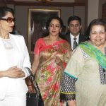 Simi Garewal with Pamela Chopra (right), and Hema Malini (centre)