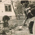 Jagmeet Singh with his sister in their childhood