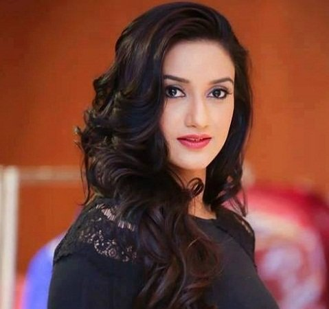 Rati Pandey (Actress) Height, Weight, Age, Boyfriend, Biography & More »  StarsUnfolded