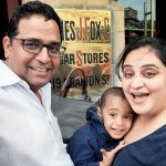 Vijay Shekhar Sharma with his wife and children