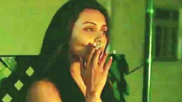 Rani Mukherjee Smoking