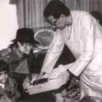 Bal Thackeray With Michael Jackson