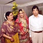 Chahat Khanna with her family