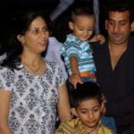 Hemant Pandey Wife and Sons