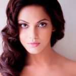 Neetu Chandra (Actress) Height, Weight, Age, Boyfriend, Biography & More