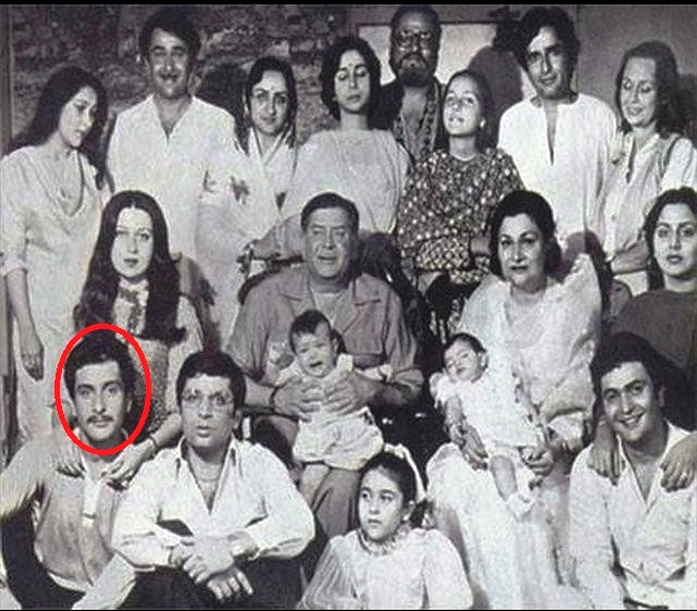 Rajiv Kapoor with his family