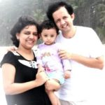 Shyam Mashalkar with his wife and son