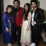 Sudesh Bhosle With His Wife, Daughter & Son
