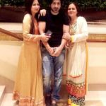 Zeb Khan with his mother and sister Deeba Khan