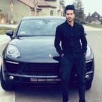 Guru Mann with his Porsche