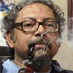 Kanchan Gupta Smoking