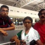 Manobala with his wife Usha Mahadevan and son Harish Manobala