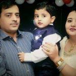 Nirnay Samadhiya with parents