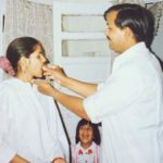 Sanya Sagar childhood photo with her parents