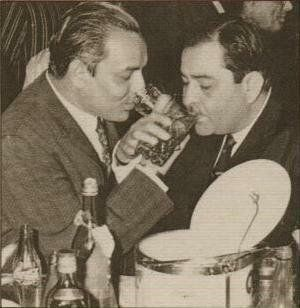 Raj Kapoor drinking alcohol with singer Mukesh