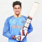 Manjot Kalra (Cricketer) Height, Age, Girlfriend, Family, Biography & More