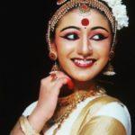 Priya Prakash Varrier Dancing