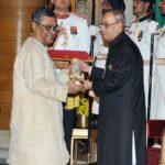 Swapan Dasgupta Receiving Padma Bhushan
