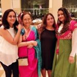 Eva Ahuja with her mother and sisters