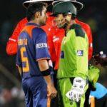 Gautam Gambhir and Kamran Akmal fight