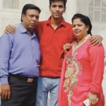 Nikhil Sidhwani with his parents