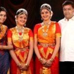 Tanya Ravichandran with her parents and sister Apparajitha Sriram