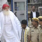 Asaram Bapu outside Jodhpur Court