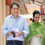 Deepak Kochhar With His Wife Chanda Kochhar