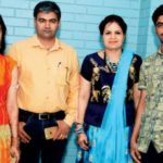 Manu Bhaker With Her Parents And Brother