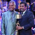 Muttiah Muralitharan Receiving Sri Lankan of the Year 2017 Award