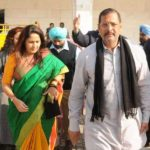 Nana Patekar With His Wife
