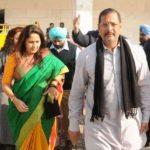 Nana Patekar With His Wife