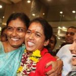 Tejaswini Sawant With Her Mother And Sister