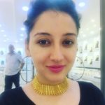 Priyanka Kandwal wearing necklace