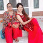 Priyanka Kandwal with her mother