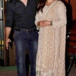 Samir Soni with wife Neelam Kothari